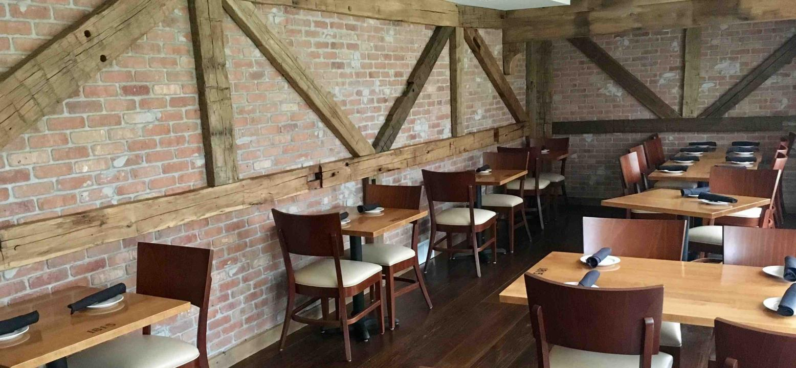 1815 Tavern Restaurant - Picture