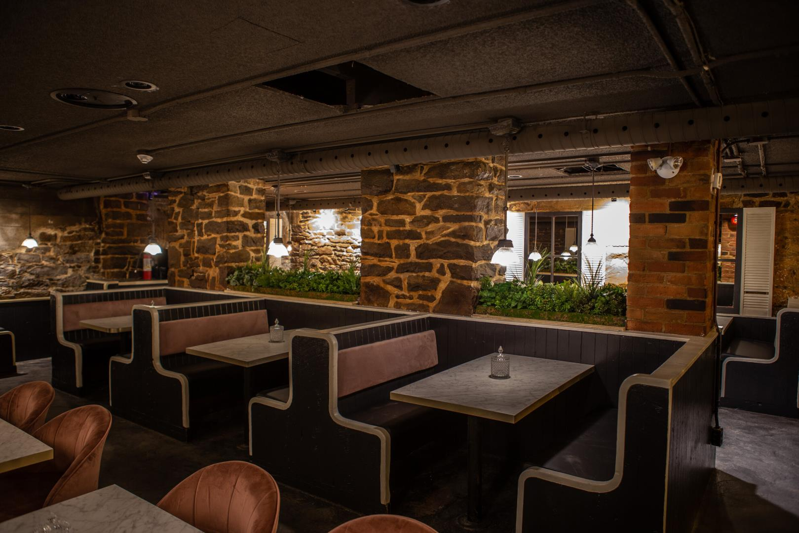 Apothecary Lounge Restaurant - Picture