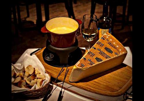 Zoé Fondues Karaoké & Cocktails Restaurant - Picture