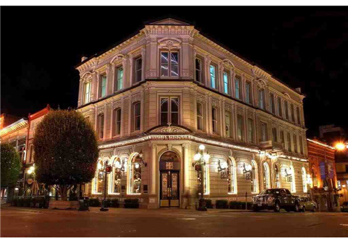 Bard & Banker Restaurant - Picture