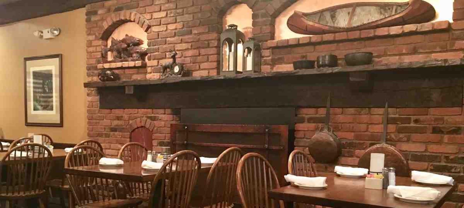 Bass Lake Taverne Restaurant - Picture