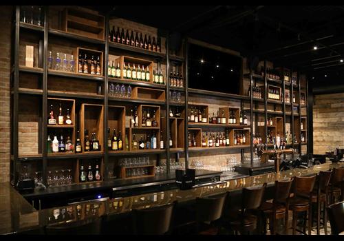 Bistro V / Méchante Virée  Restaurant - Picture
