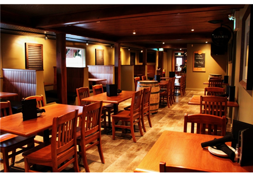 Crossings Pub and Eatery - Lambeth Restaurant - Picture