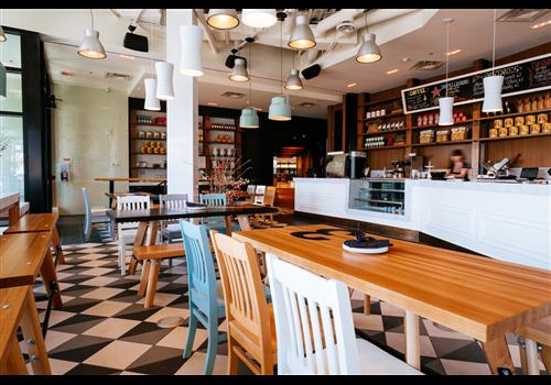 Double Zero Chinook Restaurant - Picture