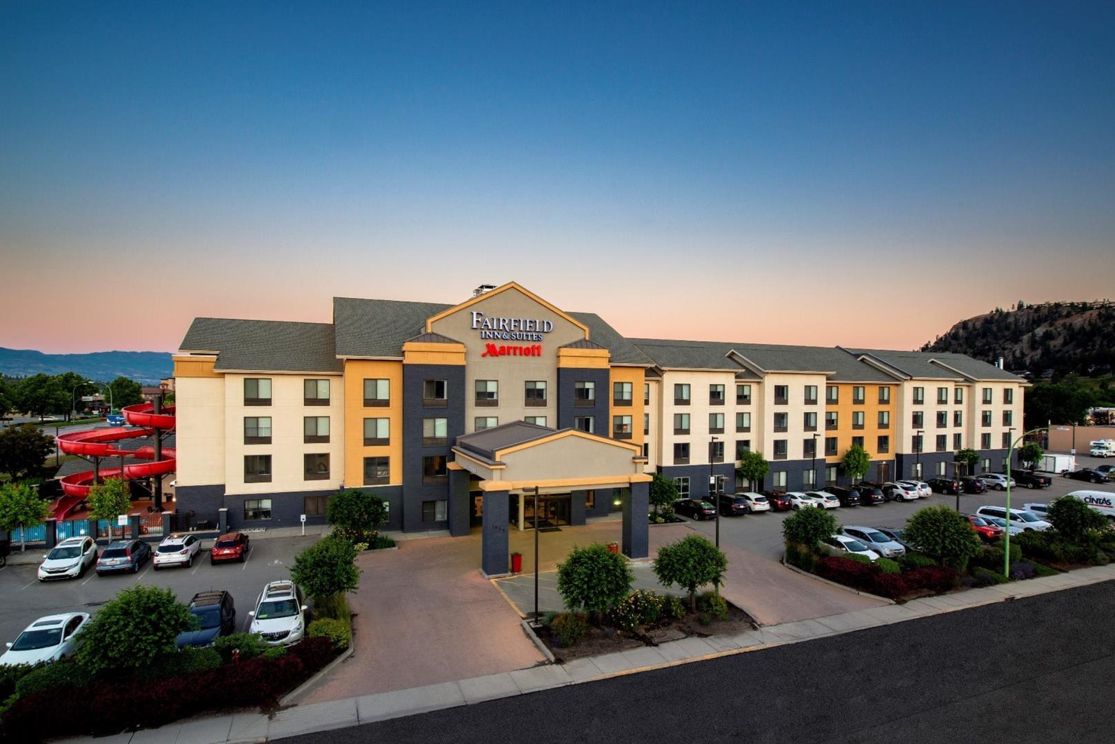 Fairfield Inn & Suites by Marriott Kelowna Restaurant - Picture