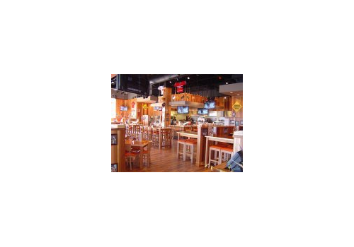 HOOTERS Restaurant - Picture