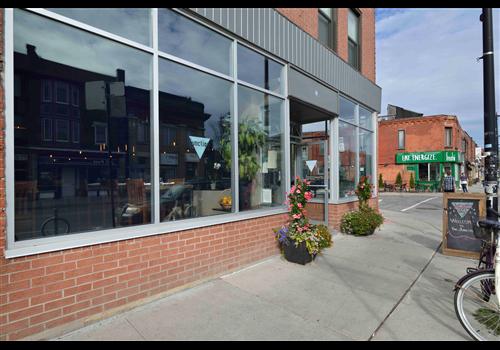 Junction Local Restaurant - Picture