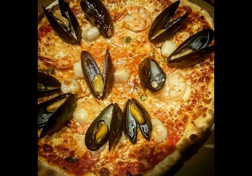 Jz's Pizza Restaurant - Picture