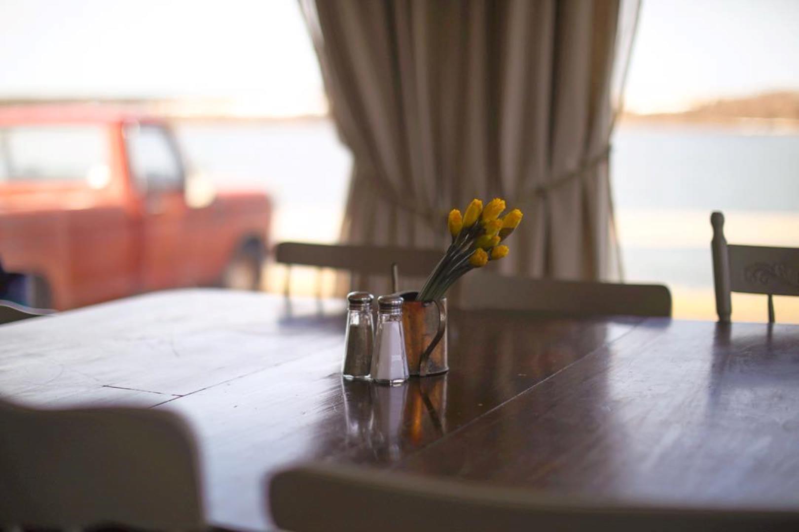 L'abri café, restaurant et bar Restaurant - Picture