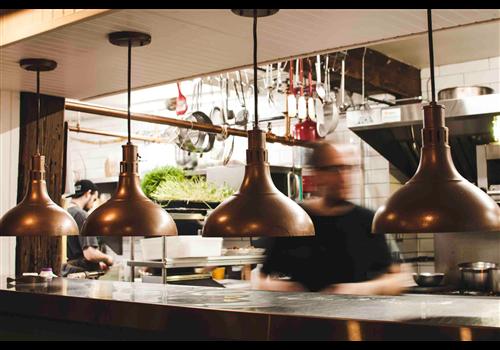 Chez Rioux & Pettigrew - Restaurant Le Quai 19 Restaurant - Picture