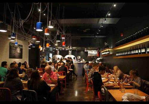 Pizzeria Libretto - Danforth Restaurant - Picture