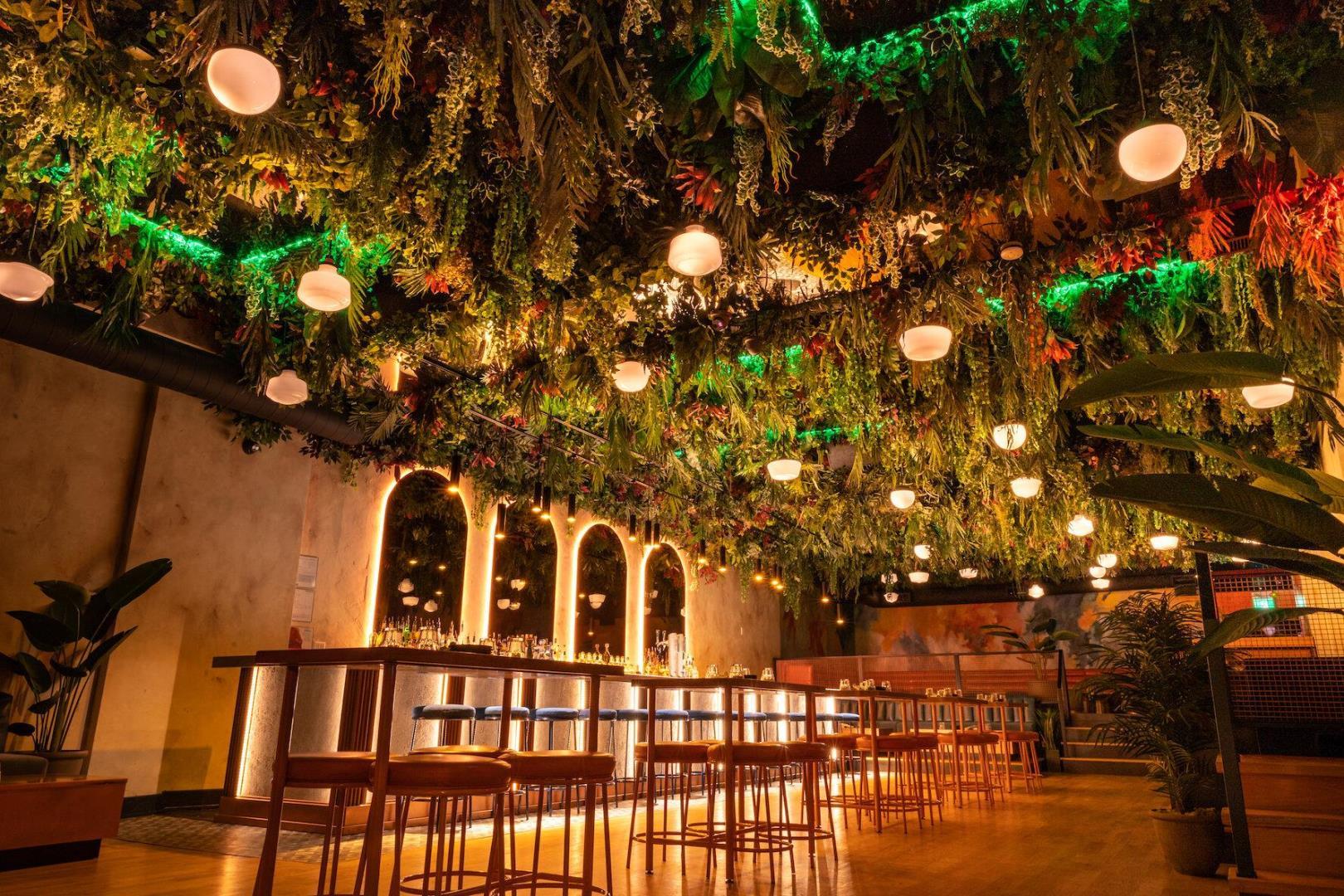 Lobby Restaurant - Picture