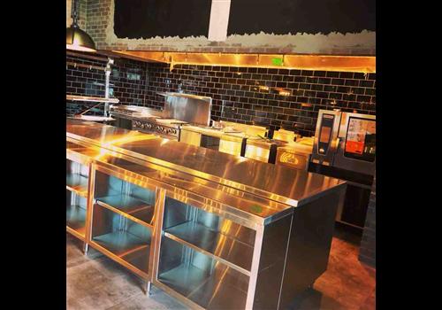 L'Usine Labrasserie Restaurant - Picture