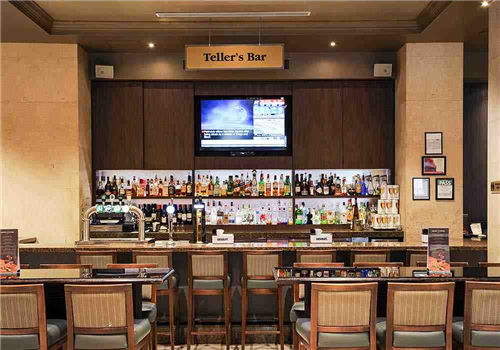 Tellers Bar and Lounge Restaurant - Picture