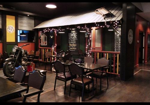 Practical Henrys Public House Restaurant - Picture