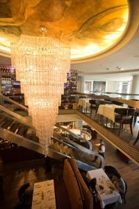 La Coupole - Bistro Laurentien Restaurant - Picture