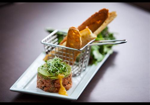Resto Pub Le Balthazar - Dix 30 Restaurant - Picture
