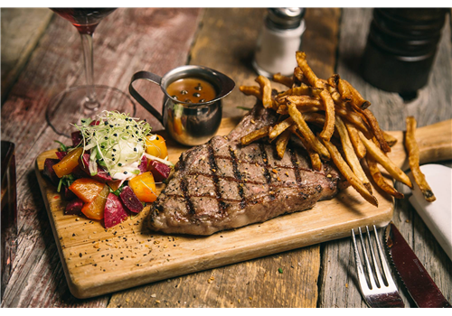 Rouge Boeuf - McMasterville Restaurant - Picture