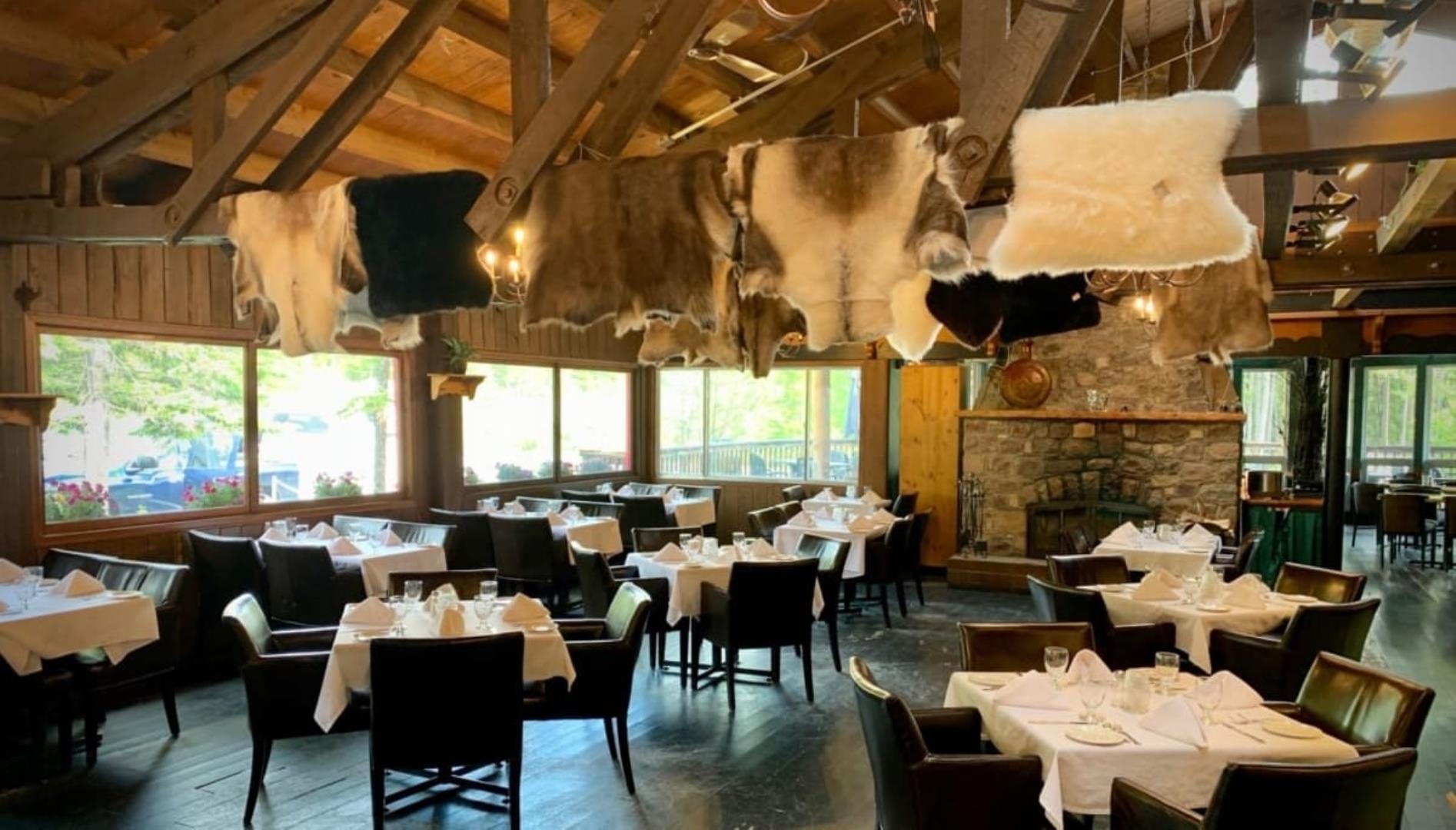 The Restaurant at Sunwapta Falls Restaurant - Picture