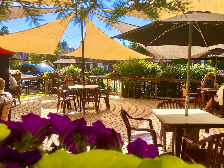 The Dam Pub Restaurant - Picture