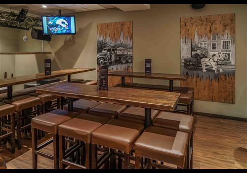 The Underground Tap & Grill Restaurant - Picture